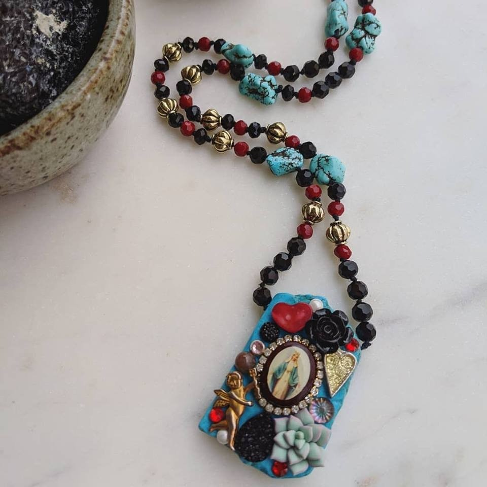 Milagro necklace howlite and czech glass